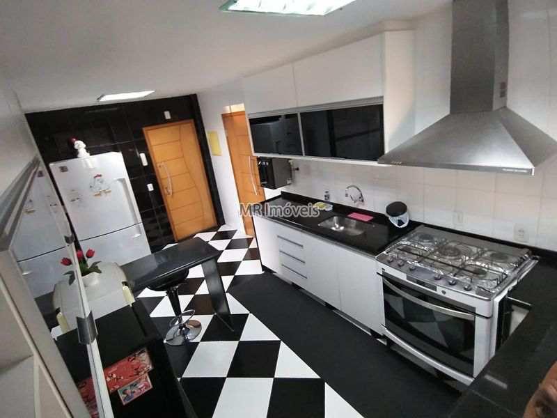 Apartamento Rua Água Comprida,Vila Valqueire,Rio de Janeiro,RJ À Venda,3 Quartos - 300 - 24