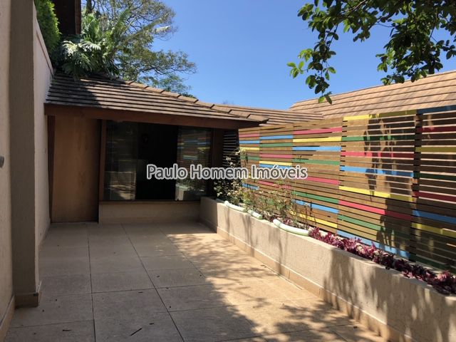 Espetacular Casa em Condomínio Fechado com Vista Deslumbrante. - MR60011 - 20