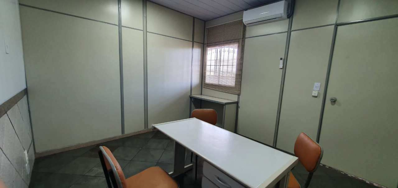 Sala Comercial 9m² para alugar Rua Lindoia,Turiaçu, Rio de Janeiro - R$ 550,00 - 04 - 1