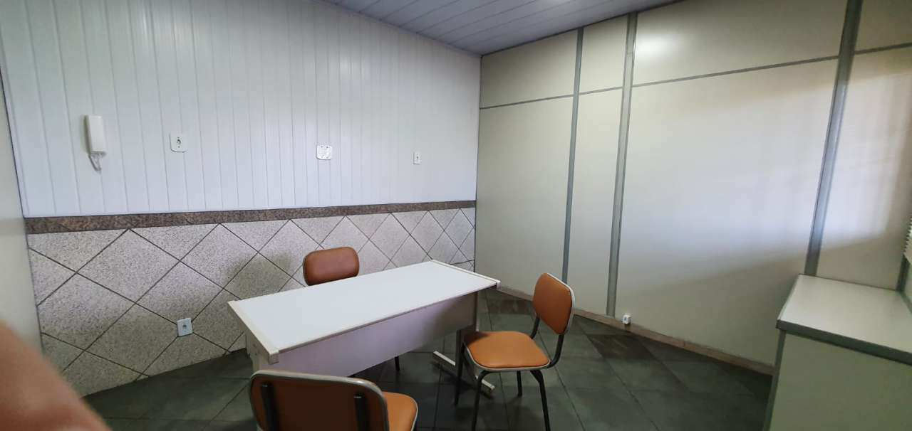 Sala Comercial 9m² para alugar Rua Lindoia,Turiaçu, Rio de Janeiro - R$ 550,00 - 04 - 4