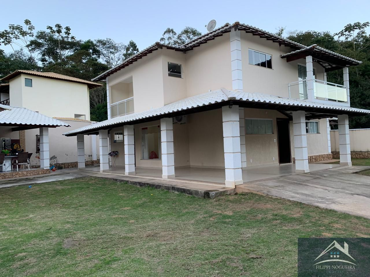 Casa À Venda,3 Quartos,224m² - cs800 - 18