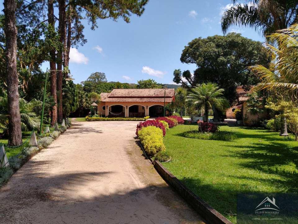 Casa espetacular, 6 quartos, piscina e 2650 m² de terreno. - csvl1350 - 2