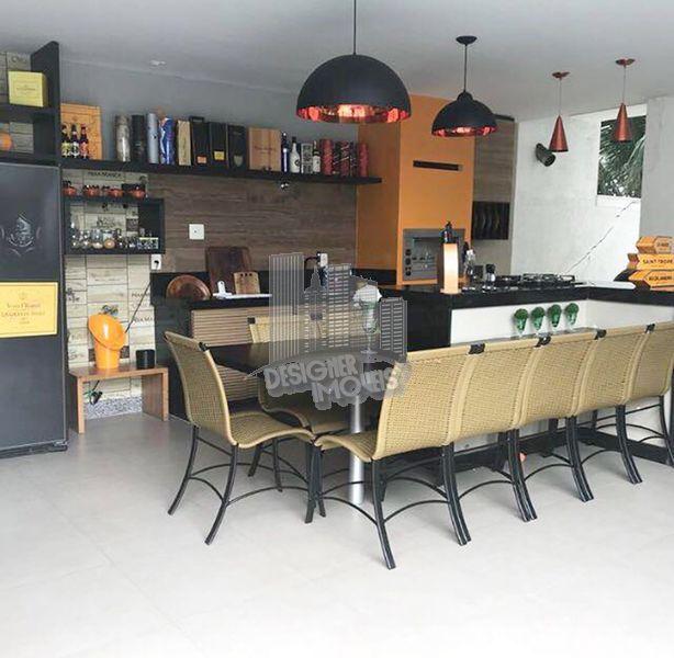 Casa À Venda no Condomínio Quintas do Rio - Rio de Janeiro - RJ - Barra da Tijuca - VRA0000 - 1