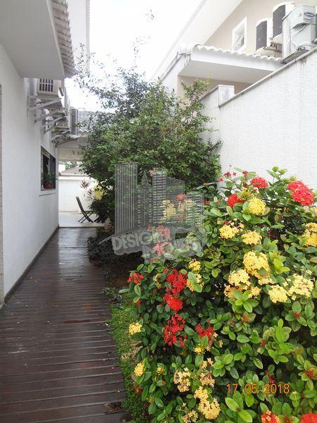 Casa À Venda no Condomínio Quintas do Rio - Rio de Janeiro - RJ - Barra da Tijuca - VRA0000 - 20