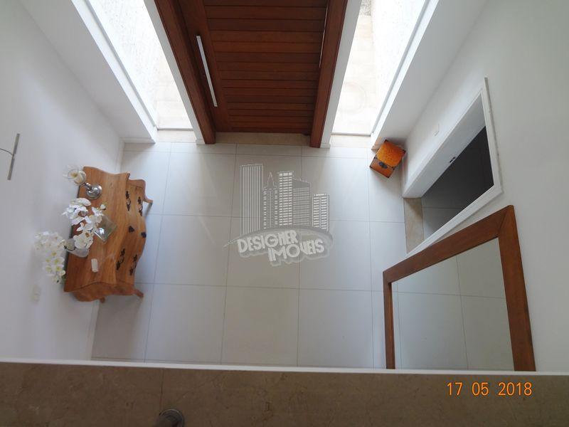 Casa À Venda no Condomínio Quintas do Rio - Rio de Janeiro - RJ - Barra da Tijuca - VRA0000 - 38