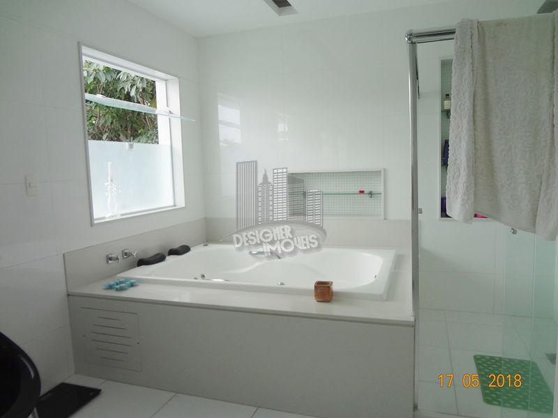 Casa À Venda no Condomínio Quintas do Rio - Rio de Janeiro - RJ - Barra da Tijuca - VRA0000 - 44
