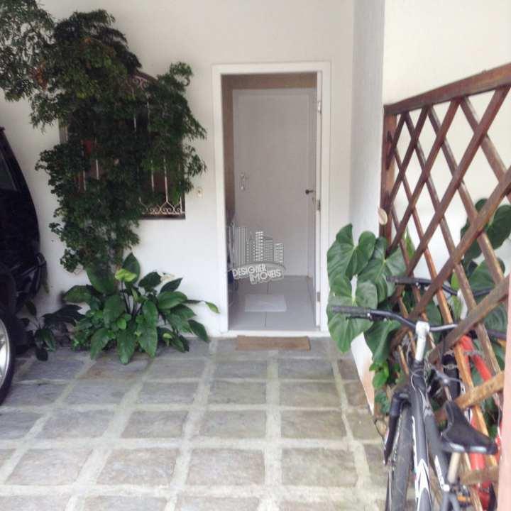 entrada pela garagem - Casa À Venda no Condomínio Porto Frade - Angra dos Reis - RJ - Frade (Cunhambebe) - VANGRA8881 - 24