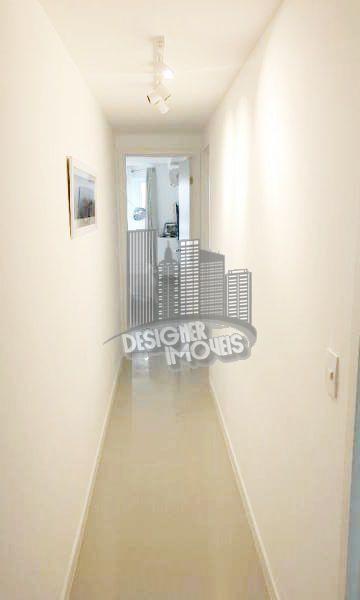 hall íntimo - Apartamento À Venda no Condomínio ESSENCE CONDOMINIUM - Rio de Janeiro - RJ - Jacarepaguá - VRA4021 - 9