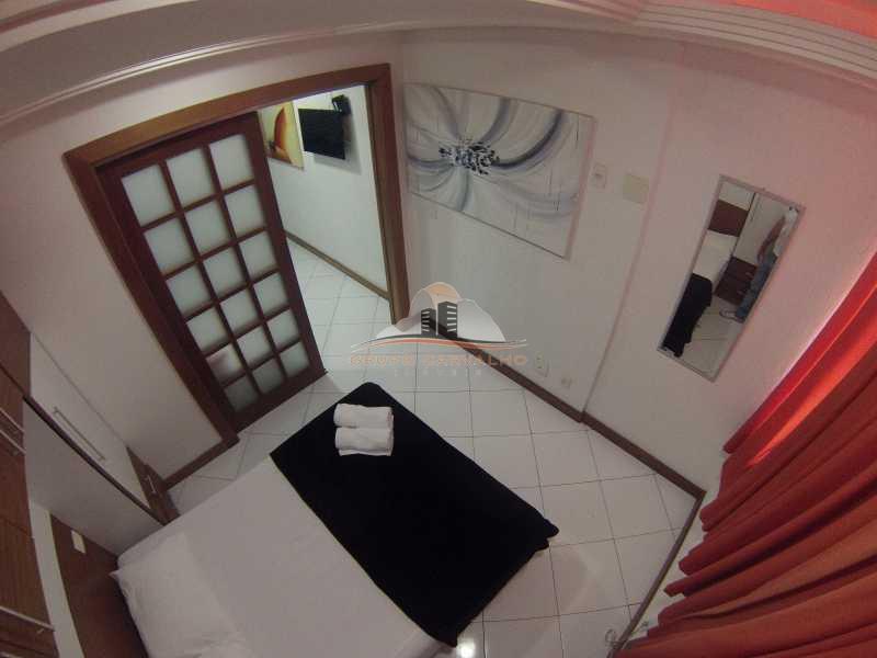 1eff691f-b10c-4d3a-9a38-e293e6 - TEMP1007 Conforto na quadra da praia de Copacabana - TEMP1007C - 1