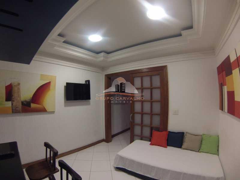 2d70e21e-39ab-4ecf-8541-a88808 - TEMP1007 Conforto na quadra da praia de Copacabana - TEMP1007C - 2