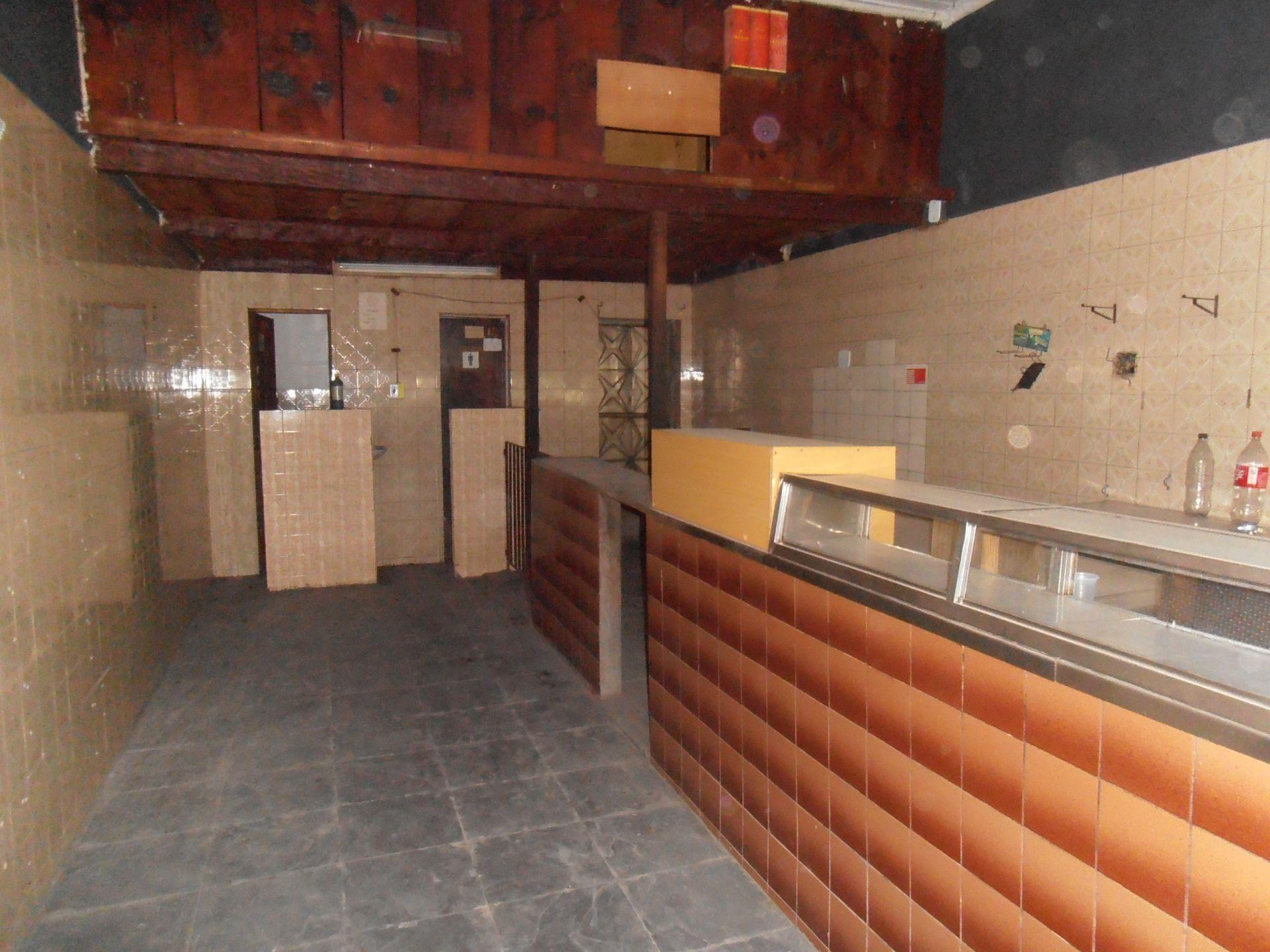 Loja para alugar Avenida de Santa Cruz,Bangu, Rio de Janeiro - R$ 750 - SA0146 - 4
