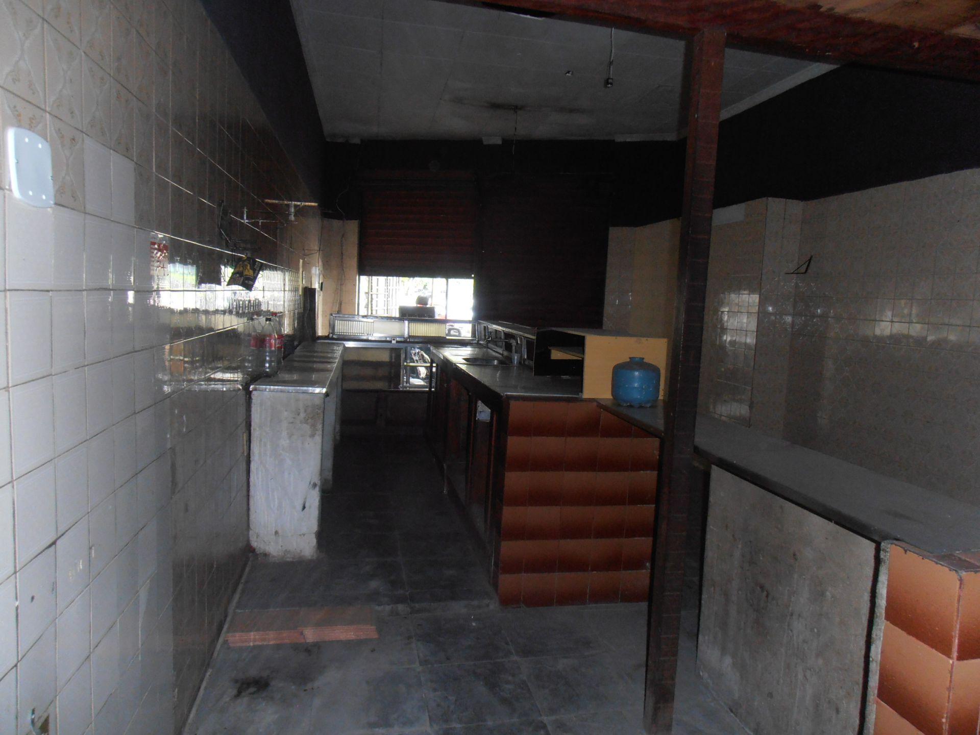 Loja para alugar Avenida de Santa Cruz,Bangu, Rio de Janeiro - R$ 750 - SA0146 - 6