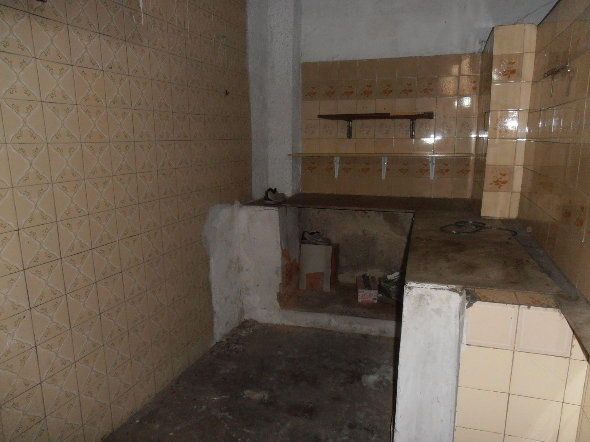 Loja para alugar Avenida de Santa Cruz,Bangu, Rio de Janeiro - R$ 750 - SA0146 - 9