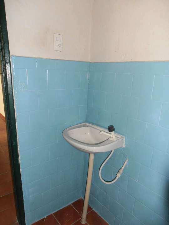 Casa para alugar Estrada da Água Branca,Realengo, Rio de Janeiro - R$ 600 - SA0017 - 26