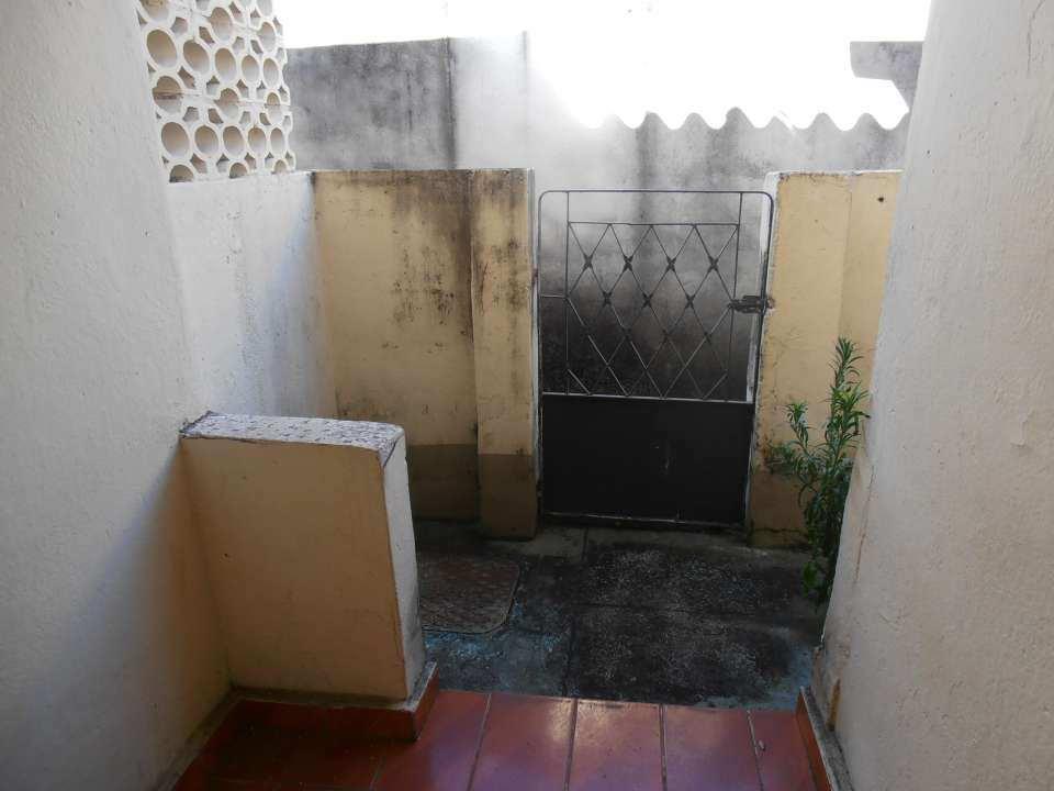 Casa para alugar Estrada da Água Branca,Realengo, Rio de Janeiro - R$ 600 - SA0017 - 30