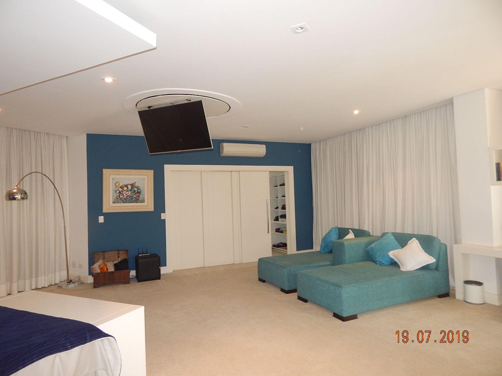 Casa em Condominio À Venda - Tamboré - Santana de Parnaíba - SP - VENDA0030 - 60