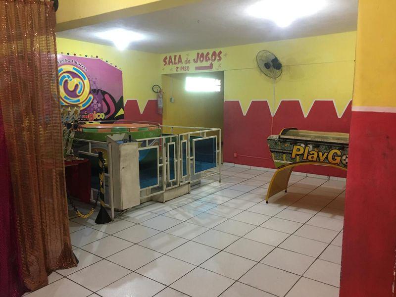Excelente Prédio Comercial em Santa Cruz -Venda - 5-105 - 5