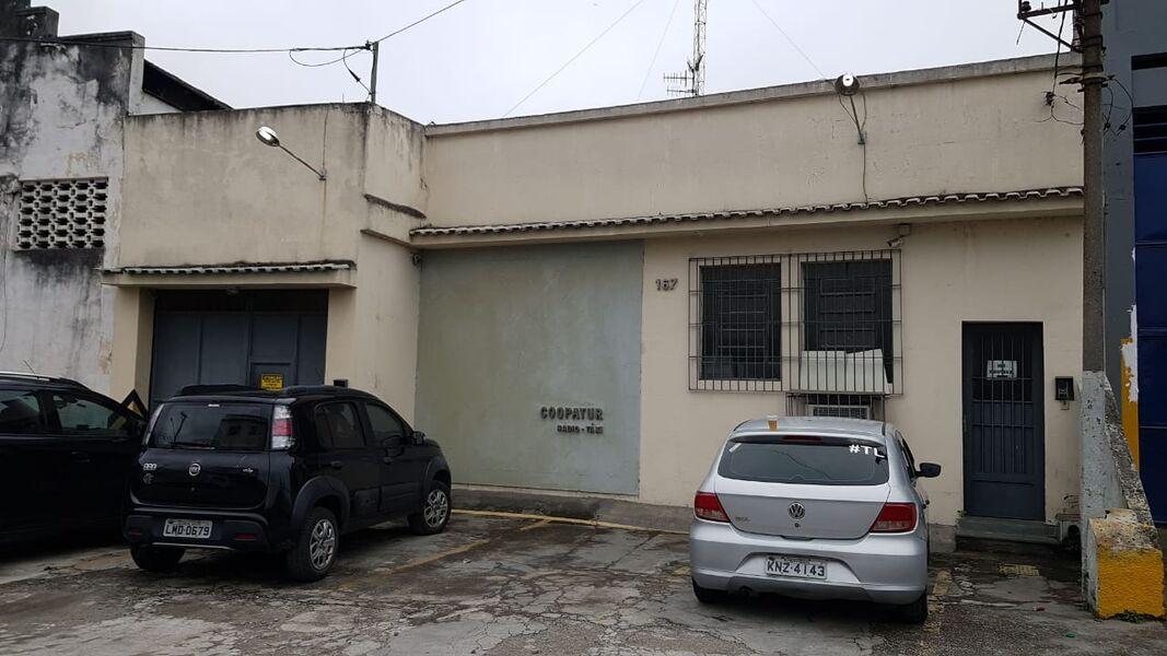 Excelente Galpão em Bonsucesso com Garagem Para 4(Quatro ) Carros-Venda - 7008 - 1