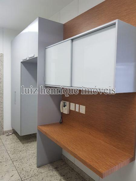 Apartamento Lourdes,Belo Horizonte,MG À Venda,4 Quartos,210m² - A4-223 - 9