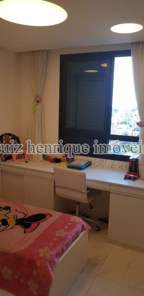 Apartamento À Venda,3 Quartos,172m² - A3-141 - 24