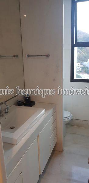 Apartamento À Venda,3 Quartos,172m² - A3-141 - 32
