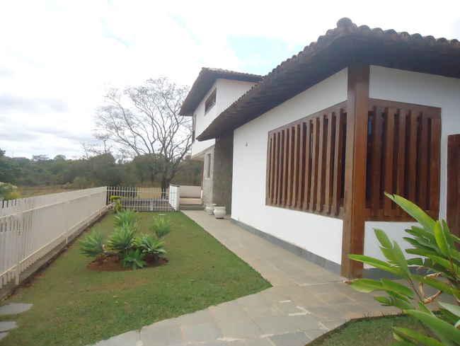 Casa À Venda,3 Quartos - vcs014 - 1