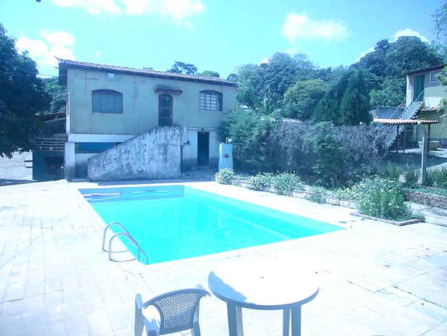Casa À Venda,4 Quartos - vcs018 - 1