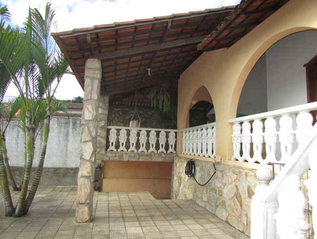 Casa Triângulo,Pedro Leopoldo,MG À Venda,3 Quartos - vcs034 - 1
