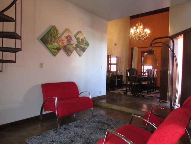 Casa Agenor Teixeira,Pedro Leopoldo,MG À Venda,3 Quartos - VCS039 - 24