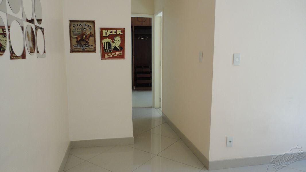 Apartamento de 02 quartos, 01 suíte, vaga e dep. compl. em Laranjeiras. - LAR  1001 - 2