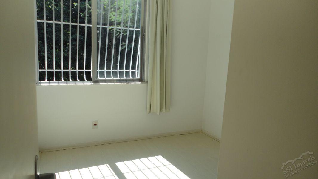 Apartamento de 02 quartos, 01 suíte, vaga e dep. compl. em Laranjeiras. - LAR  1001 - 7
