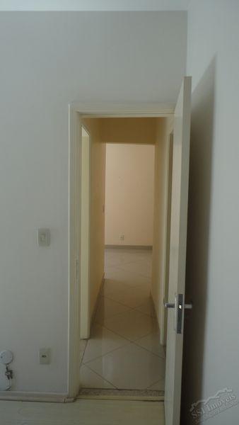 Apartamento de 02 quartos, 01 suíte, vaga e dep. compl. em Laranjeiras. - LAR  1001 - 13