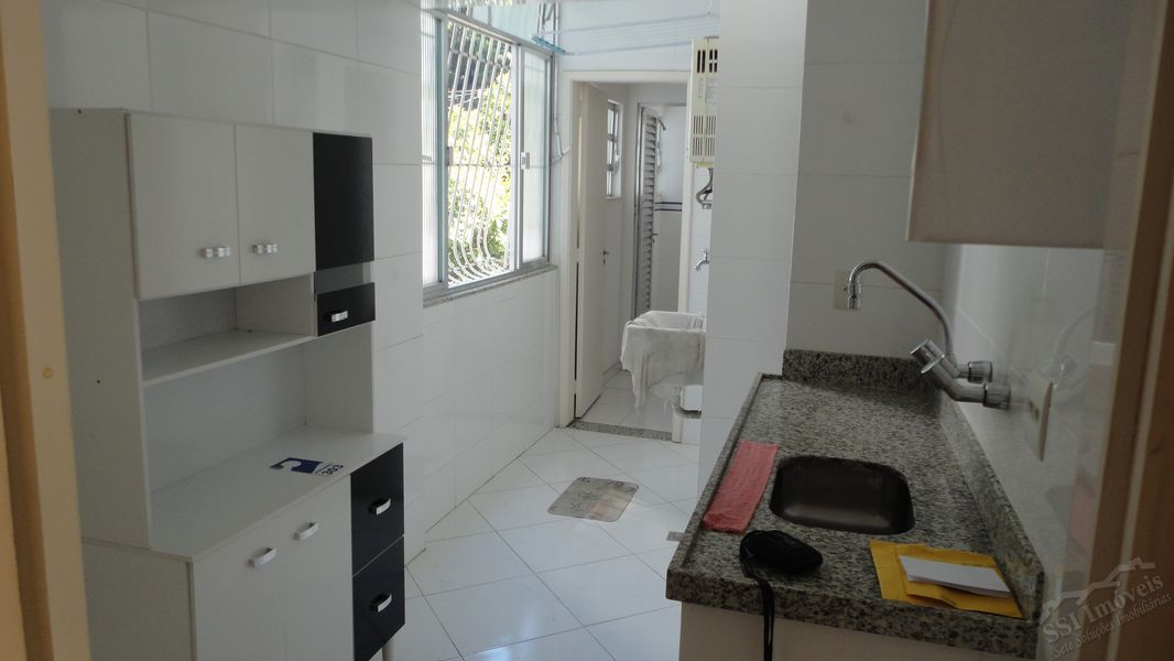 Apartamento de 02 quartos, 01 suíte, vaga e dep. compl. em Laranjeiras. - LAR  1001 - 16