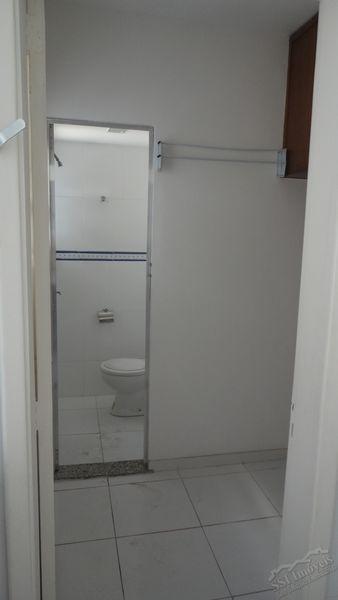 Apartamento de 02 quartos, 01 suíte, vaga e dep. compl. em Laranjeiras. - LAR  1001 - 19